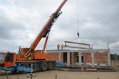 Budowa stropu na domu parafialnym