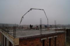 Prace budowlane przy stropie